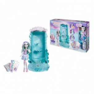 Ever After High Winter Sparkalizer con bambola crystal Winter